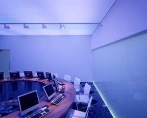 Workshopruimte met veranderende lichtkleur 1