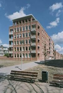 Kopgevel appartementengebouw