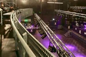 De grote concertzaal met balkon