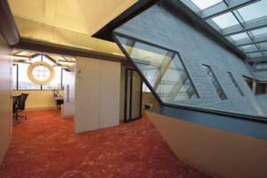 Bovenste verdieping met opengewerkt dak en air-E-duct systeem