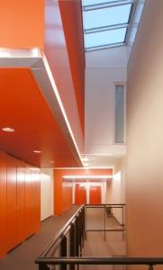 Corridor met lichtkoker