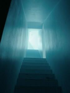 De 'geheime' trap begint bijna direct achter de voordeur