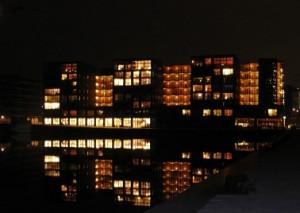 De Havenmeester bij nacht