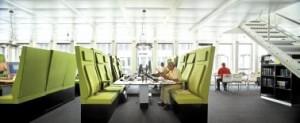Coenen ontwikkelde samen met Ahrend individueel instelbare, geschakeld geplaatste stoelen met extreem hoge rugleuningen