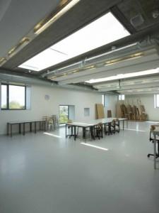 De ateliers op de bovenste verdieping hebben veel daglicht