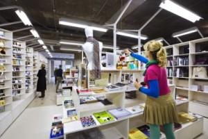 Transparante museumwinkel ontwerp Bertjan Pot