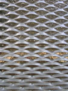 10 Detail strekmetaal en polycarbonaat