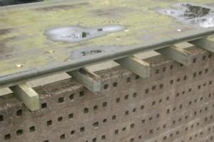 4 Vlak dak van laagbouwdeel voor herbouw