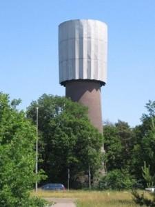 4 De watertoren in 2006, zoals hij er al sinds 1967 bijstond