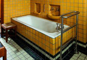 Badkamers van Jachthuis Sint Hubertus.  Foto: Bert Muller.