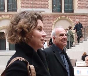 Muriel Huisman en Antonio Cruz van Cruz y Ortiz gaven vooraf een rondleiding