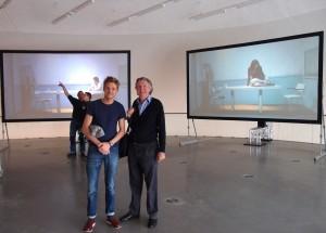 Bovenste expositieverdieping in de Wolk, Pieter en Hubert-Jan Henket