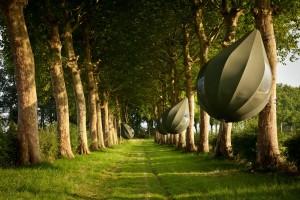 Slapen in een kunstwerk van Dre Wapenaar aan de Tranendreef in Borgloon, ontwerp Dre Wapenaar