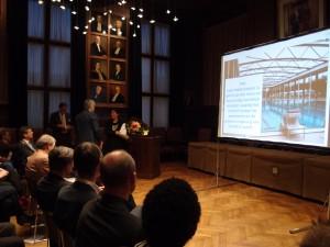 Architect Jeanne Dekkers ontvangt Publieksprijs van de Rietveldprijs 2013 voor zwembad de Krommerijn