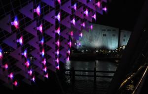 Flumens, lichtinstallatie van Openlight / Rombout Frieling tijdens Amsterdam Light Festival 2012