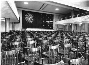 Ontspanningszaal uit ca 1955, waar van 1989 tot 2014 het Werktheater resideerde.
