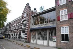 Oostenburgergracht 73-75 met foyer uit ca 1955, tot gisteren de entree van het Werktheater