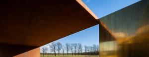Afscheidruimte voor alle gezindten op de openbare begraafplaats de Oude Landen in Nuenen, ontworpen door Van den Pauwert Architecten