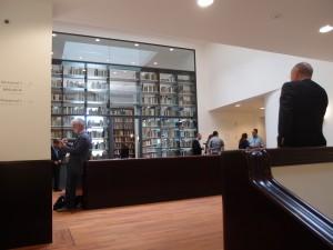 op de tweede verdieping van Plein 26  is de bibliotheek van het Mauritshuis. Foto Jacqueline Knudsen.