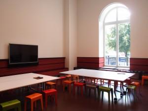 Het kunstatelier in Plein 26, de educatieve ruimte van het museum. Foto Jacqueline Knudsen.