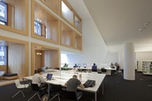 Mensen die een ruimte zoeken om te lezen vinden de bibliotheek doorgaans niet bijzonder geschikt. Foto: Sjaak Henselmans