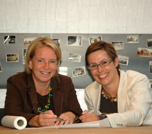 Fieke Jongerius (links) en Tineke Meerman (rechts), de bedenkers van het architectenbureau 'light'.