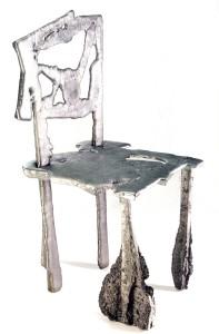 Een voorbeeld van de door Jan Brouwer geconstateerde 'Nieuwe Lelijkheid'. Ontwerp: Discast Chair door Ronen Kadushin. Foto: Baruch Natah