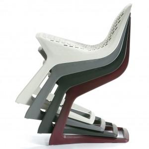 De stoel Myto ontworpen door Konstantin Grcic samen met BASF.