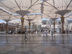 Piazza Shading Project for the Prophet's Holy Mosque, Medina. Architect: SL Rasch. Foto: SL Rasch GmbH, Duitsland