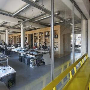 De werkvloer van B+O Landschap en Stedenbouw en B+O Architectuur en Interieur in de Gasfabriek. Foto: René de Wit