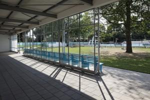 11. Zwolle liet het Openluchtbad van architect J.G. Wiebenga restaureren door Bierman Henket Architecten, die ontwierpen ook de nieuwe duiktorens, tribunes en een uitkijkpost. Foto: René de Wit