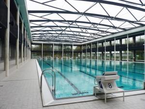 5. Het bad heeft een luchtkussendak dat in de zomer wordt verwijderd. Foto: Jeanne Dekkers Architectuur