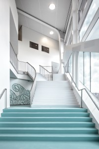 16. Riante entree met trappen in het Hofbad. Foto: Ronald Tilleman