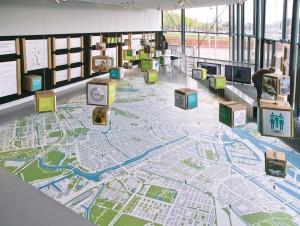De afgelopen 3 jaar heeft CITIES onderzoek gedaan naar de verhouding tussen steden en voedsel. Dit resulteerde o.a. in een expositie Farming The City in ARCAM. Getoond werd dat urban farming kan bijdragen aan sociale gelijkheid, economische vitaliteit en een betere leefomgeving in onze steden.