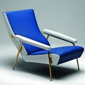 Lederen fauteuil D.153.1 uit de collectie meubels van de Italiaanse ontwerper Gio Ponti die door Molteni in productie is genomen.