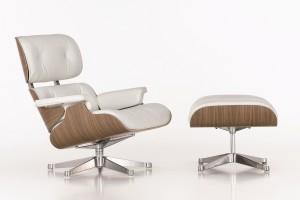 Voor Vitra bedacht Hella Jongerius de opvallende witte kleurstelling voor de Lounge Chair (1959) van Ray & Charles Eames.