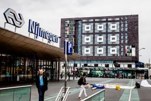 Doornroosje Nijmegen naast het station. Foto Marcel Krijgsman