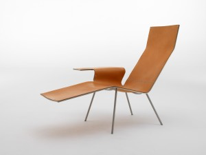 Chaise Longue LLC04 / Maarten van Severen