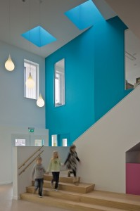 17. Hal in brede school De Statie in Sas van Gent van Atelier PRO. • Foto Petra Appelhof