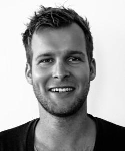 David Klinkhamer studeerde eind 2012 cum laude af in Architectuur aan de TU Delft op zijn onderzoek The Resilient River en is sindsdien als architect werkzaam bij Marc Koehler Architects.