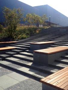De trappen bij het World Forum in Den Haag, ontwerp DS landschapsarchitecten