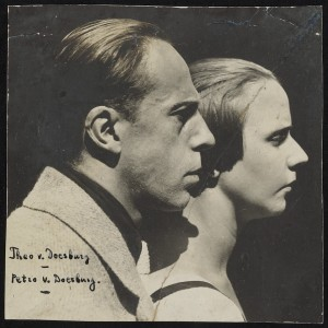 Lucia Moholy, dubbelportret van Theo en Nelly van Doesburg in Weimar, 1921