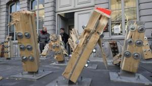 Het kunstwerk The Passenger Arne Quinze moest al binnen een maand worden ontmanteld