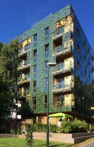 Greenhouse Oslo (Noorwegen). In Oslo gaat alle aandacht uit naar de havenfrontontwikkelingen, maar de écht interessante ontwikkeling vindt je elders, zoals dit 'Green House', ontworpen door Element en ontwikkeld door Infill.
