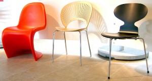 Drie Deense Design klassiekers: Panton chair (Verner Panton) , Trinidad (Nanna Ditzel), Ant (Arne Jacobsen)