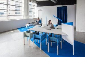 Out of Office, onderzoek van bureau KNOL in 2014. In de Witte Dame in Eindhoven werd een hippe flexplek voor zzp-ers met een ligbed, schommels en rommelkeuken in een periode