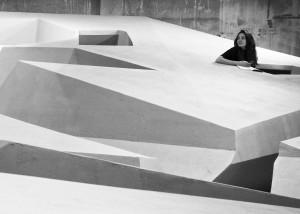Behalve een idee over staand werken is The End of Sitting ook een ruimtelijk statement