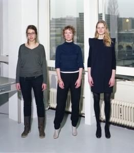 Lilith van Assem (1980), Lieke van Hooijdonk (1979) en Elsbeth Ronner (1984) kennen elkaar van de studie Bouwkunde aan de TU Delft en vormen sinds 2010 samen architectenbureau Lilith Ronner van Hooijdonk.