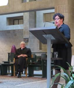 Boekpresentatie in de Pastoor van Arskerk 24 maart 2015, pastoor Louis Berger en architect Jeanne Dekkers. Foto Jacqueline Knudsen.