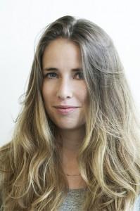 Iris Wijn (1983), afgestudeerd als stedenbouwkundige aan de Academie van Bouwkunst Amsterdam, najaar 2013. Het afstudeerproject Bestemming Sloterdijk is onlangs genomineerd voor Archiprix 2015.
